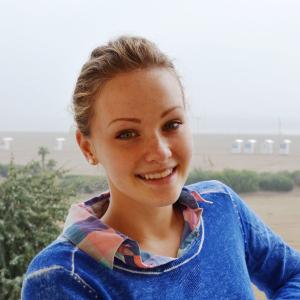 クレシェンコ アンナ(Flora株式会社 代表)